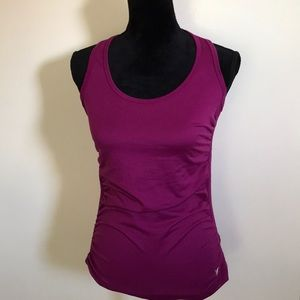OLD NAVY ACTIVE SPORTS TOP